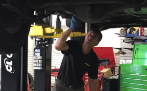 Alt Oil Company has all of the products and supplies you need to service your customer's vehicles!